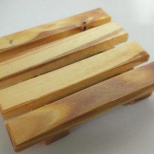 Jabonera 9 x 11 cm madera curada